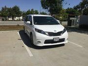 2013 Toyota SiennaSE Mini Passenger Van 5-Door